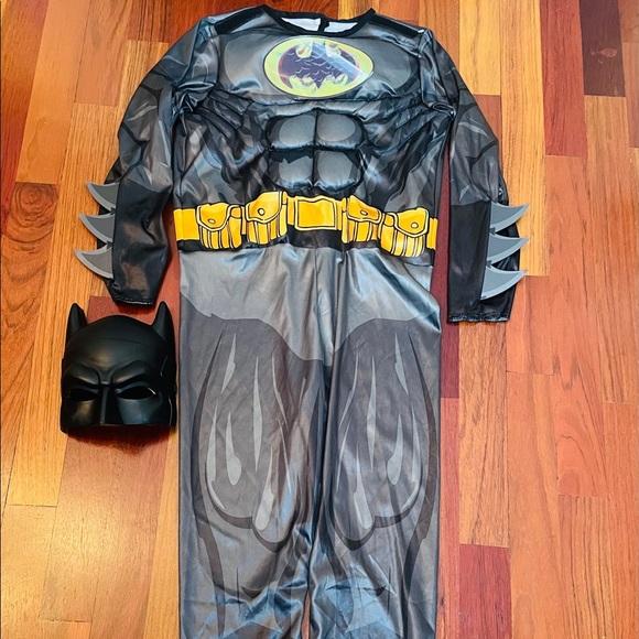 Boy's Batman Costume Sz Small